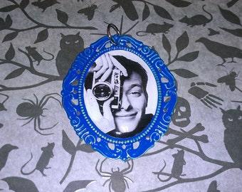 Pecker Necklace in Blue