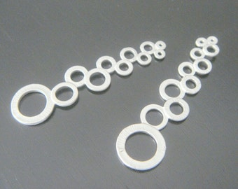 Matte Silver Multiple Circle Long Connector, Pendants, Charms, Earring Findings, 2 pc S500296