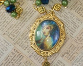Peacock fairy glass dome gold frame glass blue irridescent beads crystal gold beads green pearl beads necklace