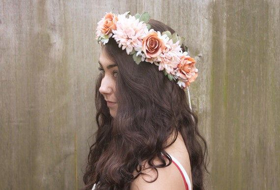 Coral Pink Bridal Flower Crown - Soft Vintage Coral and Pink Floral Crown.  Flower Hair Wreath, Weddings, Bohemian Wedding, Peach