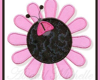 Ladybug Flower Applique, 3 Sizes - Machine Embroidery