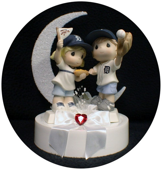 best wedding cakes in detroit michigan michigan detroit tigers baseball fans wedding by 11572