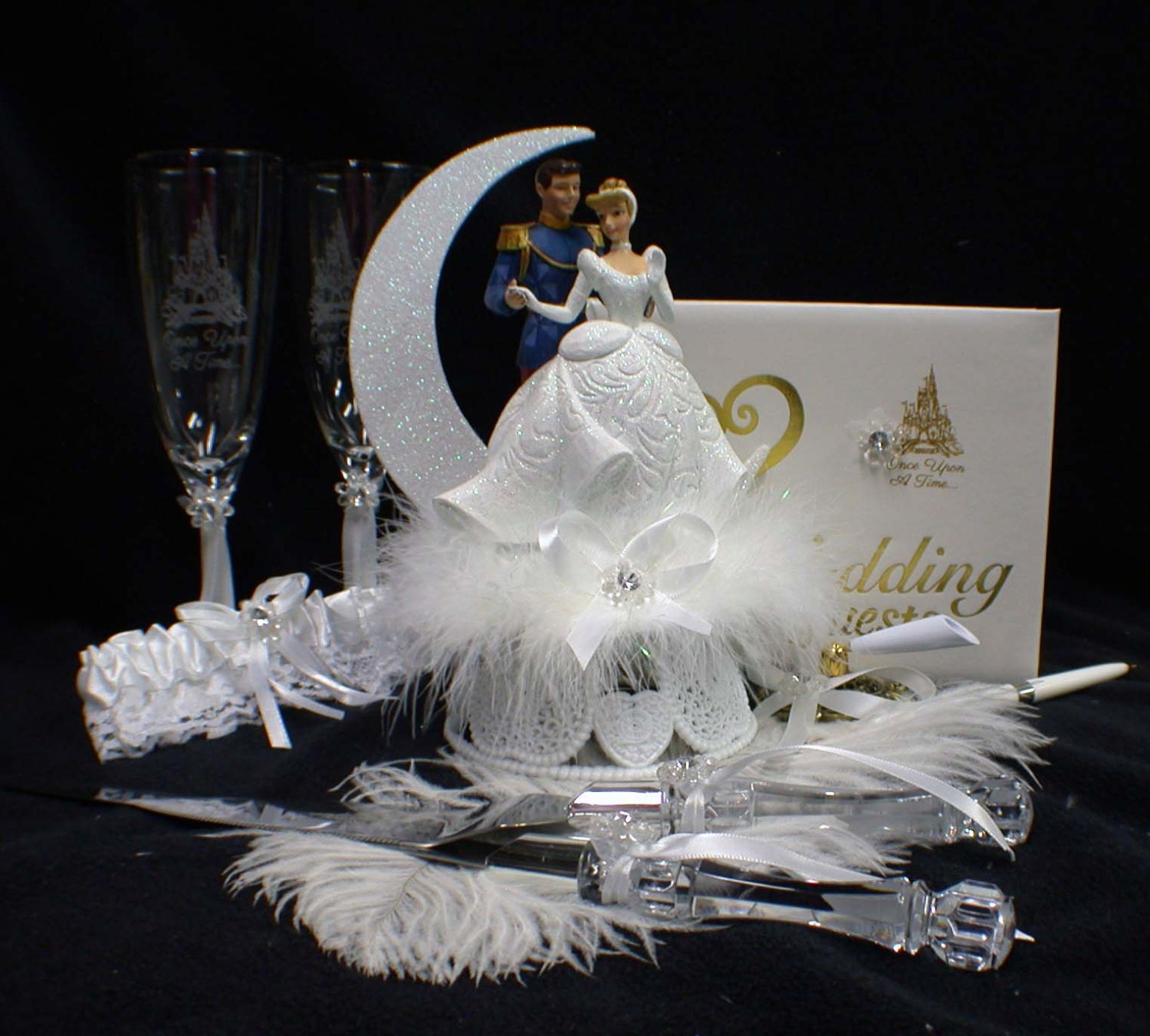 Disney Cinderella Amp Prince Charming Wedding Cake By