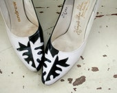 1960s BLACK and WHITE Heels....kitten heels. high heels. stilleto heels. shoes. black heels. white heels. party. fancy. glam. mod