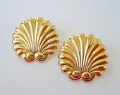 Vintage 1991 Signed Avon Tailored Scallops Goldtone Art Deco Nautical Polished Gold Tone Shell Large Pierced Earrings in Original Box NIB