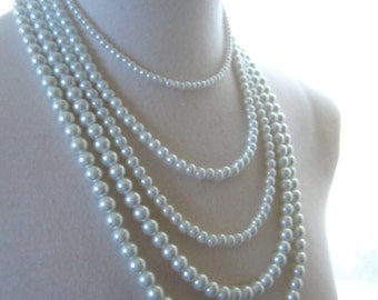 White pearls Necklace Multi strand Wedding jewelry choker Bridal Accessories Statement piece. Romantic boho chic vintage style