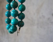 CURIOUS. turquoise necklace with round magnesite and sterling silver. bright. casual. dots.