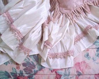 king size bed skirt taffeta noisy silky  fabric shabby chic bedding