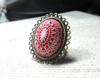 Adjustable Ring, Vintage Cabochon Ring, Red and White Ring, Bronze Bezel Ring, Large Ring