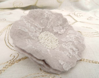 White Shabby Chic Flower Pin/ Brooch Spring Fashion Handmade Felt and Lace