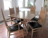 Set of six wooden 1960s dining room chairs with woven backs