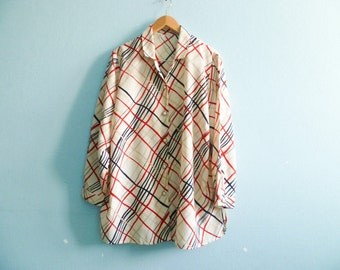 Vintage woman shirt blouse / secretary blouse / beige cream / red navy blue stripes / buttoned up down / long sleeve / medium