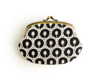 Metal frame compartment purse wallet // Embroidered Black and White