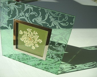 Woodland Green Flower Art Green Glass Queen Anne Lace Etched Glass