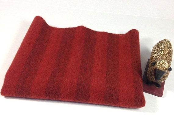 Fat 1/4 yard, Red Stripe Wool, Mill Dyed Wool for Rug Hooking and Applique, J622, Medium and Deep Red Stripe Wool