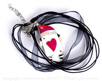 Necklace Heart Alice in Wonderland