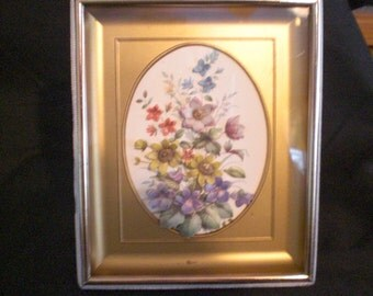 Vintage 3D Shadow Box Spring Flowers Picture Velvet Trim 1950s to 1960s Framed Art Dainty Wall Hanging Self Standing Table Top
