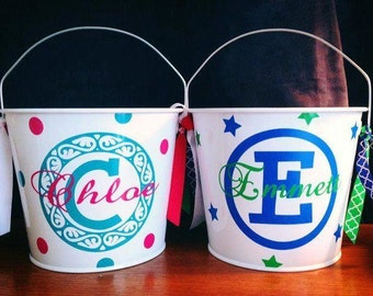 ONE 5Quart Metal Bucket  Personalized. This listing is for ONE bucket.