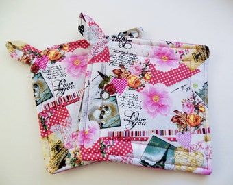 Pair of Love You Fabric Potholders, Set of Two Quilted Love You Potholders