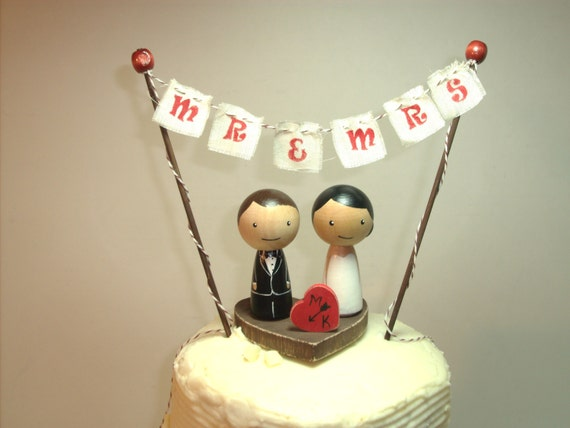 wedding cake banner toppers custom kokeshi wedding cake topper with base bunting and 21982