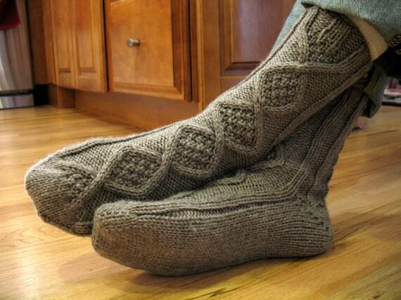 Handsome Men's Slipper Socks Knitting by CreatingaFamilyHome