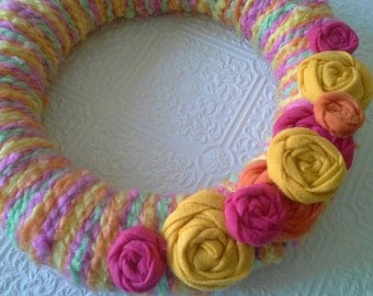 Spring Wreath, Easter wreath, Yarn Wreath, Pink Multi Color Door decor, Wall decor, Cottage chic