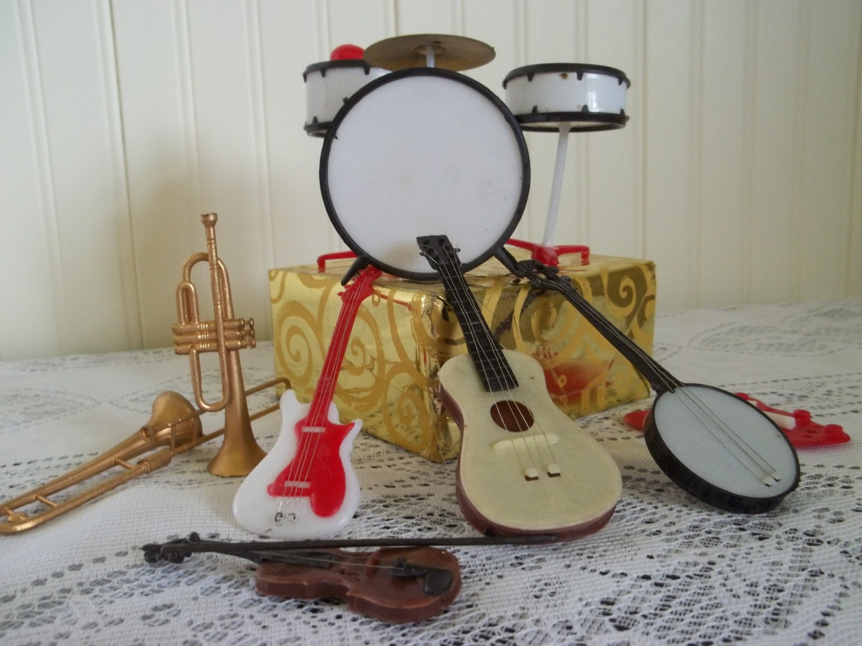 Cake Decorations Musical Instruments : ViNtAge Cake Decorations/Band Instruments/Music