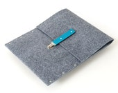 MacBook Pro 15 sleeve case grey synthetic felt briefcase cover with blue leather strap handmade by SleeWay