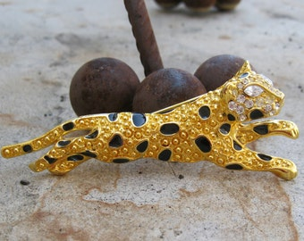 FAKE Leopard Brooch