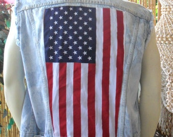 Vintage Levis -Studded American Flag Style Denim Vest - Mens Size Medium --Womens Large