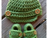 Crocheted Baby Boy Newsboy Hat & Loafers Sweet Pea Green Newborn Booties 0-3 3-6 6-9 9-12 months, Baby Shower Gift, Photography Prop