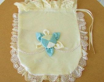 vintage 60s ivory satin lingerie hosiery drawstring bag lace trim bridal honeymoon hand made