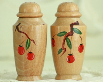 Vintage Wood Salt & Pepper Shakers -  Cherry Kitchen Collectible - Retro Salt and Pepper Shaker Collection - Red Cottage Decor
