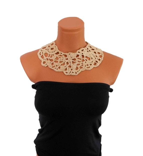 Free Form Crochet Collar Necklace Cream & Gold Color