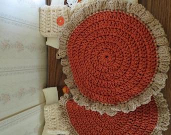 Crocheted handmade kitchen set for Thanksgiving.