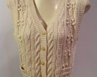 Awesome 80s Knotty Cableknit Short Vest.