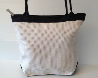 large tote, summer bag, black and white handbag,  shoulder bag with long rounded handles,  leight weight bag, city bag, every day bag