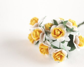 "1/2"" Yellow and White Paper Roses (10 blooms)"