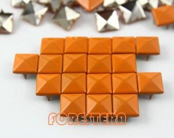 100Pcs 10mm Orange Color PYRAMID Studs (CP-2003-10)