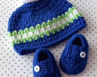 Pom Pom Hat, Baby Boy Hat, Crochet Baby Hat, Baby Loafers, Crochet Booties, Crochet Baby Booties, Infant Hat, 0 to 3 Months