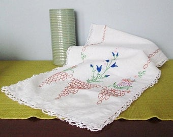 Vintage Linen Table Runner Cottage Chic English Garden Blue Flowers Baskets and Eyelet Trim