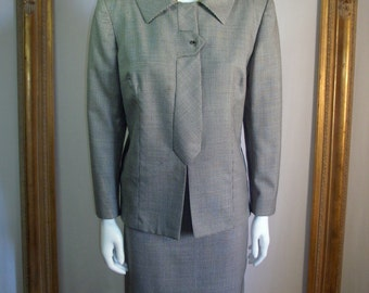 Vintage 1970's Harrods of California Black/White Houndstooth Suit - Size 14