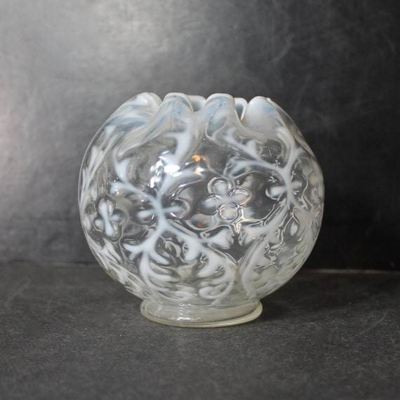 Vintage Northwood Rose Bowl In White Opalescent Spanish Lace