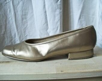 sALE Vintage 80s gold Marco Tozzi leather ballet flats size 10 10.5 US 42 EU UK 8.5