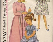 1965 Simplicity pattern 6235 girl's robe size 8