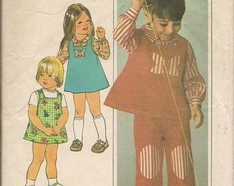 1976 Sewing Pattern Simplicity 7590 toddler girls jumper dress, top, pants size 3