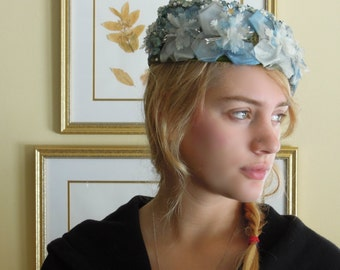 Vintage Blue Silk Flower Pill Box Style Hat / Perfect Spring Style / Mid Century Hat / Roses / Rose Buds