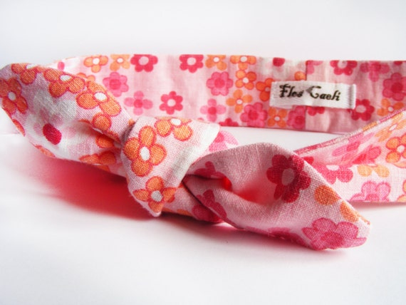 This is a high quality pink floral cotton headband