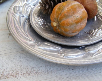 Vintage Silver Platters, Distressed Metal Fruit Bowls, Metal Tulip Plate, Decorative Display Platter Set, French Country Farmhouse Decor