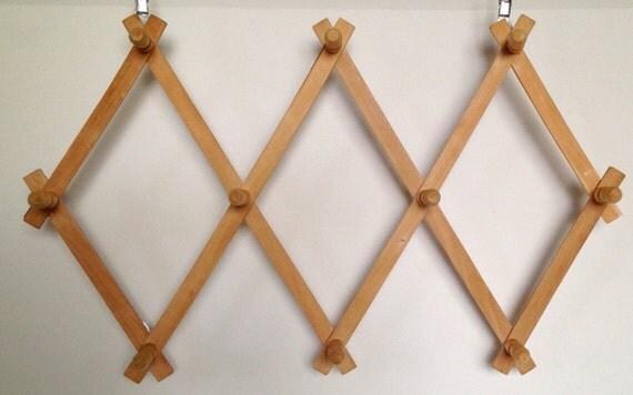 Vintage Accordian Peg Rack Towel Rack Coffee Cup Rack  Hat Rack 10 Peg Rack